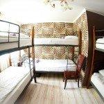 Номер для пяти гостей в хостеле Artist Hostel на Арбатской
